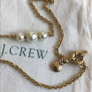 J. Crew Pearl Necklace. Gold Tone Hardware